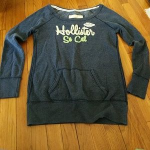 Hollister size large front pocket sweatshirt